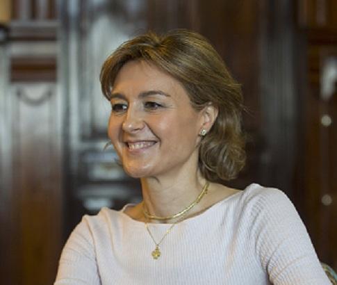 La ministra de agricultura destaca la competitividad y buen hacer del sector porcino español